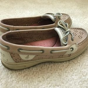 Sperry's Angelfish Perforated Flower Boat Shoe